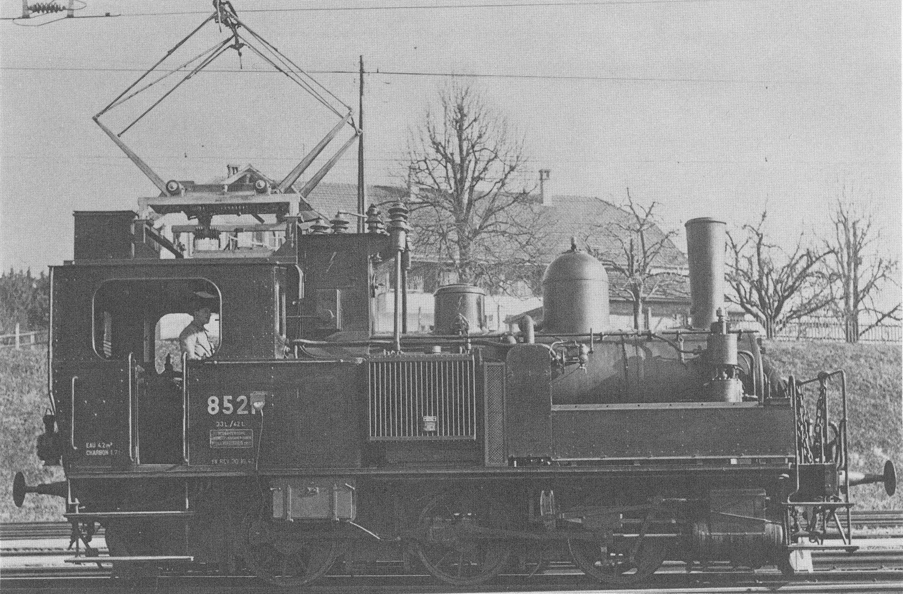 locomotive de manoeuvre de la s u00e9rie e 3  3  8451